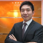 分析师陈泓池
